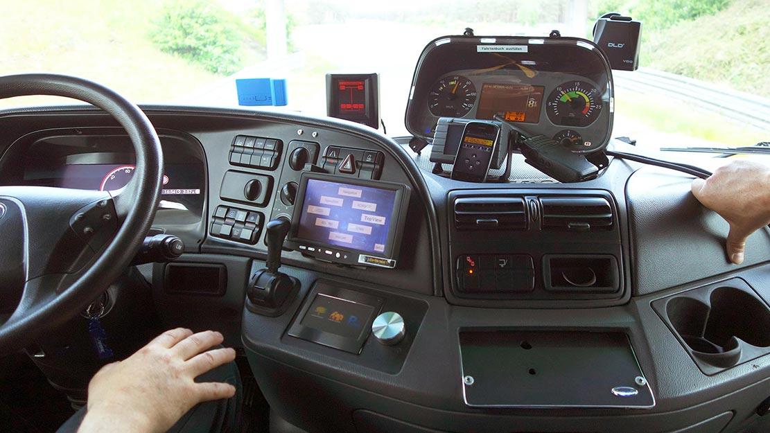 Handsfree driving kräver mycket instrument